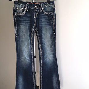 Jeans/denims detailed
